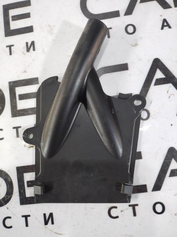 Пластик салона Opel Vivaro 1.9 D 2007 передний левый (б/у)