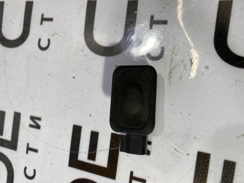 Кнопка открывания багажника Ford Fusion 2.5 2014 (б/у)