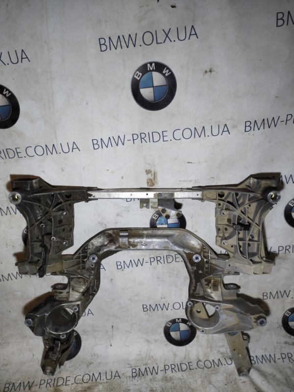 Подрамник Bmw 5-Series F10 N63B44 2011 передний (б/у)