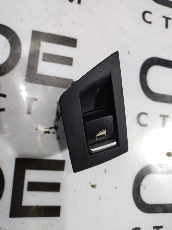 Кнопка стеклоподъемника Bmw 5-Series F10 N63B44 2011 задняя левая (б/у)