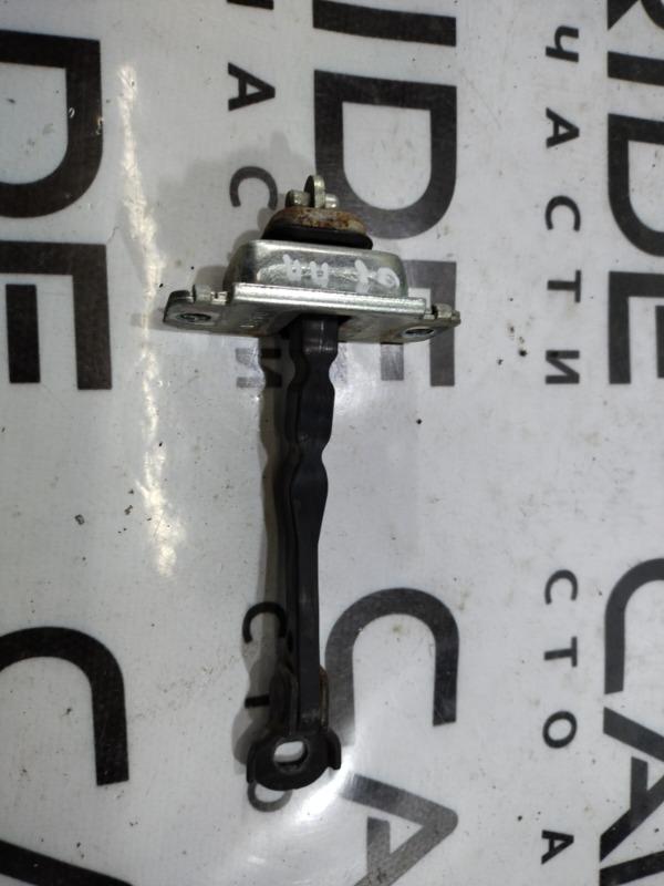 Ограничитель двери Mazda 6 GG 2.0 RF7J 2007 передний правый (б/у)