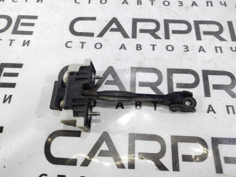 Ограничитель двери Opel Insignia A 2.0 DTH 2012 задний правый (б/у)