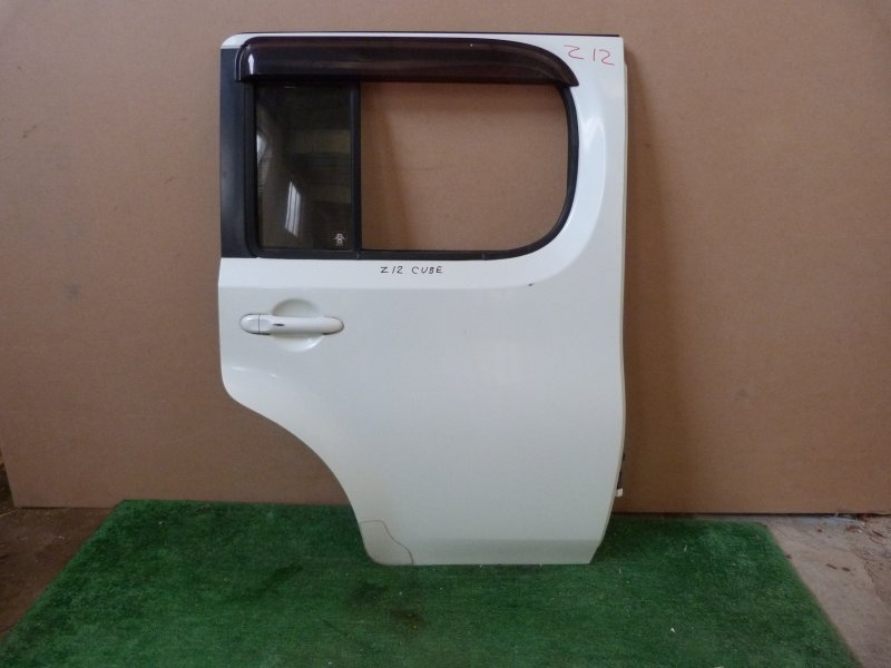 Дверь Nissan Cube Z12 задняя правая (б/у)