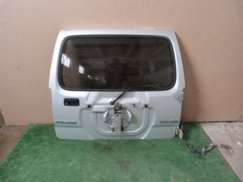 Дверь багажника Mazda Az-Offroad JB23 задняя (б/у)