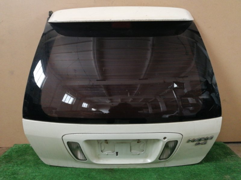 Дверь багажника Toyota Nadia SXN10 (б/у)