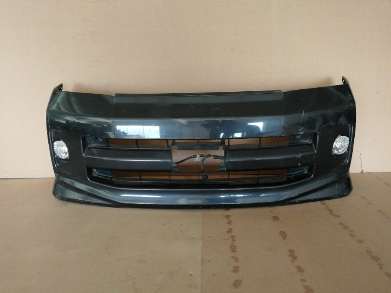 Бампер Toyota Voxy AZR60 передний (б/у)