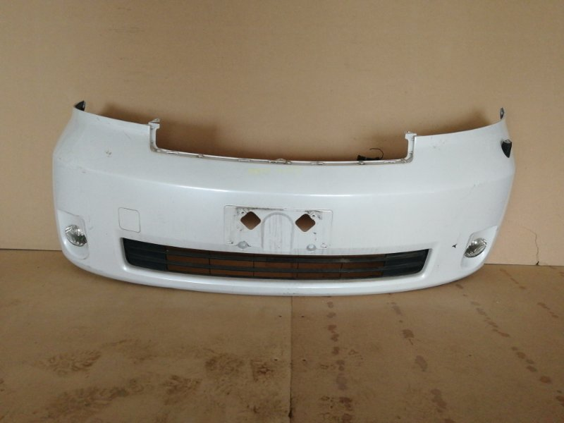 Бампер Toyota Porte NNP10 передний (б/у)