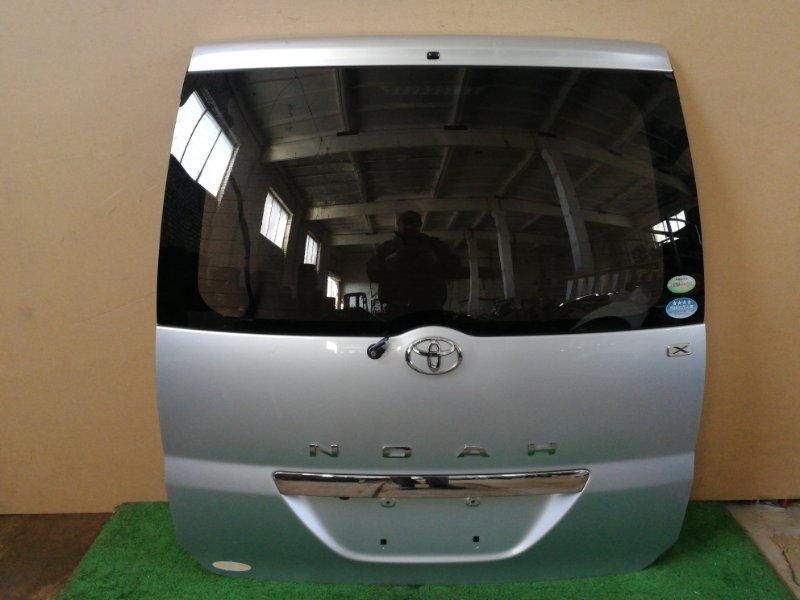 Дверь багажника Toyota Noah AZR60 (б/у)