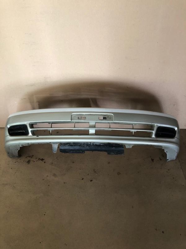 Бампер Nissan Bluebird HV14 передний (б/у)