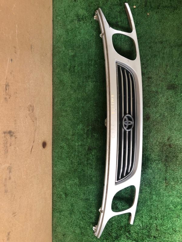 Решетка радиатора Toyota Estima CRX20 (б/у)