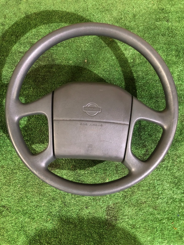 Руль Nissan (б/у)