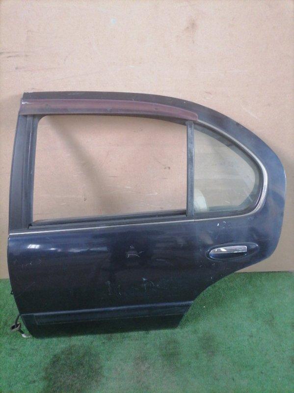 Дверь Nissan Cefiro A32 (б/у)