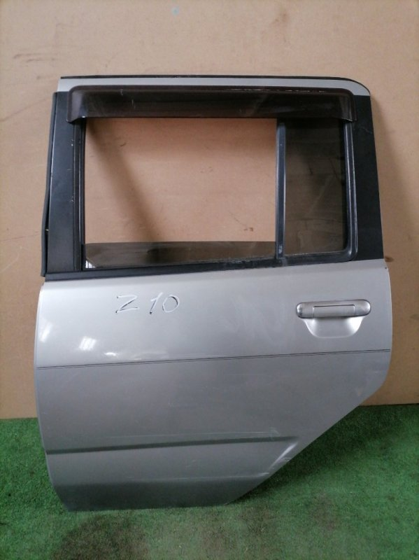 Дверь Nissan Cube Z10 задняя левая (б/у)