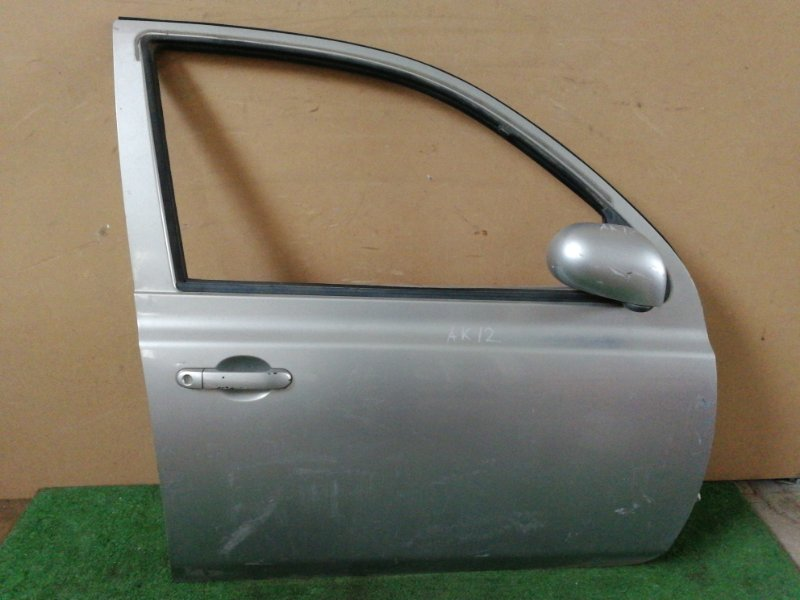 Дверь Nissan March AK12 CR12 передняя правая (б/у)
