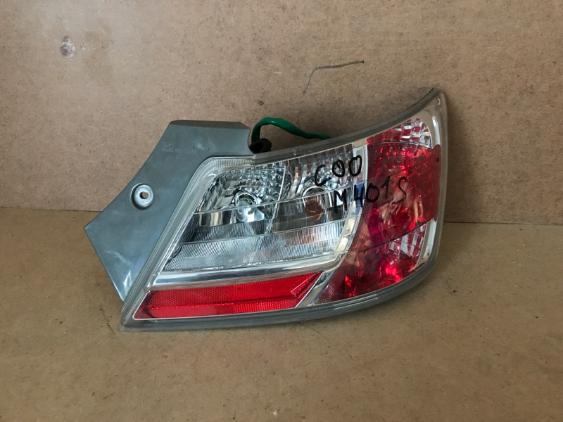 Фонарь Daihatsu Coo M401S задний правый (б/у)