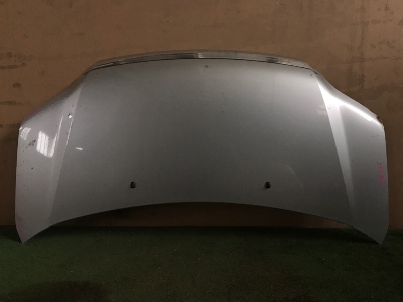 Капот Toyota Noah AZR65 (б/у)