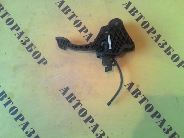Педаль сцепления Skoda Octavia (A5) 2004-2013