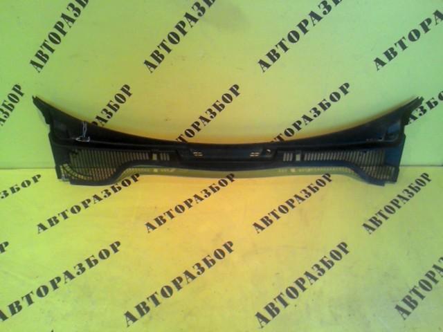 Жабо (решетка стеклоочистителя) Skoda Octavia (A5) 2004-2013