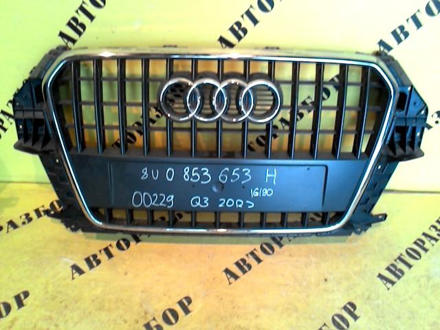 Решетка радиатора Audi Q3 2012-H.b.