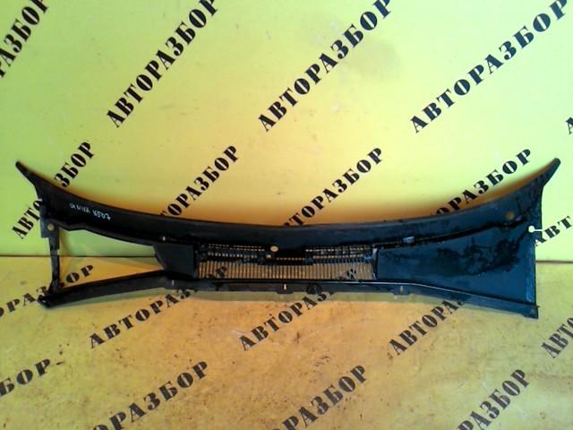 Жабо (решетка стеклоочистителя) Chevrolet Niva