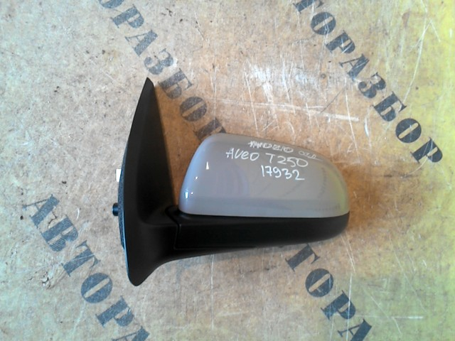 Зеркало левое Chevrolet Aveo T250 2005-2011
