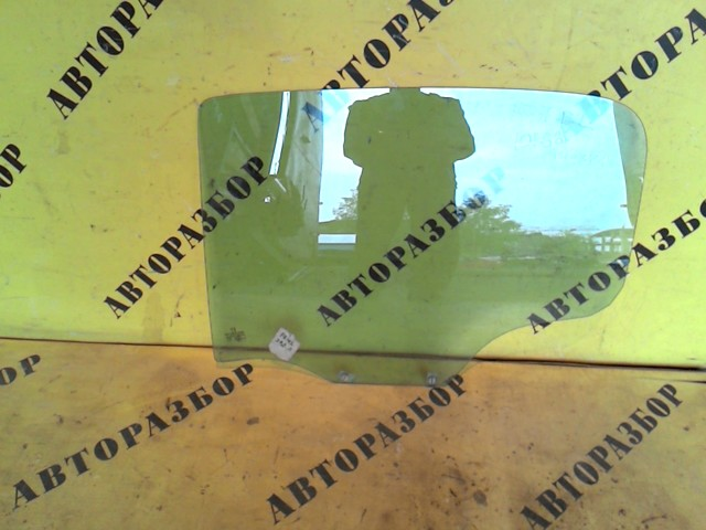 Стекло двери задней левой Peugeot 207 2006-2013