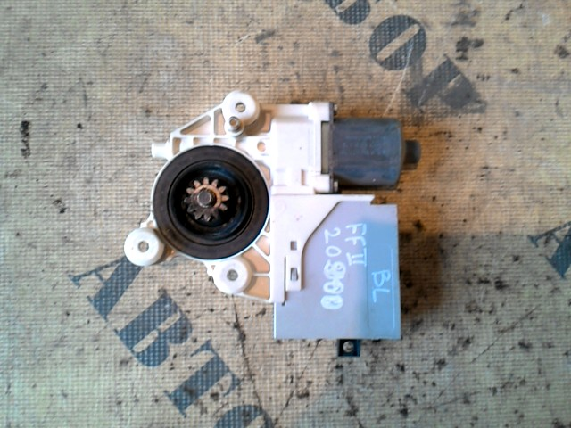 Моторчик стеклоподъемника Ford Focus 2 2008-2011