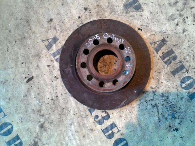 Диск тормозной задний Skoda Octavia (A5) 2004-2013