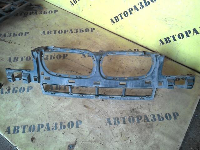 Кронштейн решетки радиатора Bmw X3 E83 2004-2010