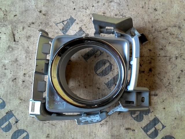 Накладка под птф левая Toyota Land Cruiser 200 2008-H.b.