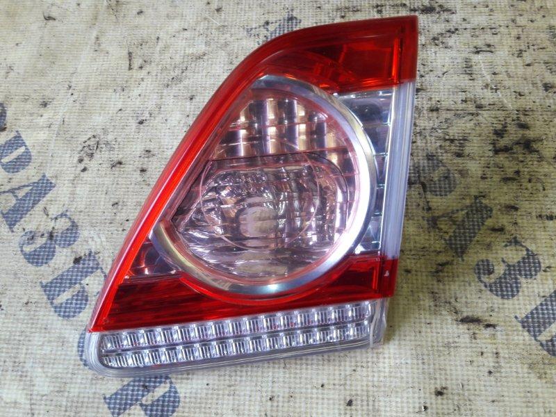 Фонарь задний правый внутренний Toyota Corolla 150 2006-2013