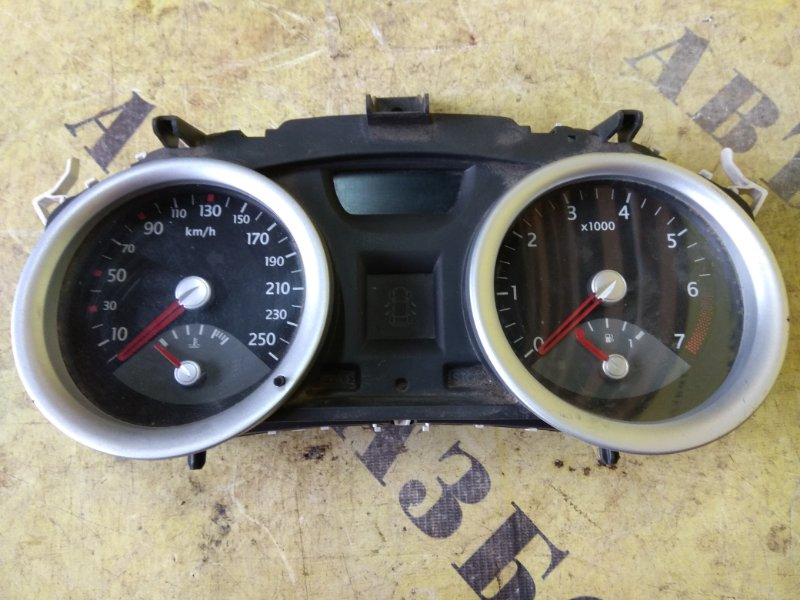Щиток приборов Renault Megane 2 2003-2009
