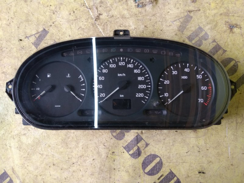 Щиток приборов Renault Megane 1 1996-2002