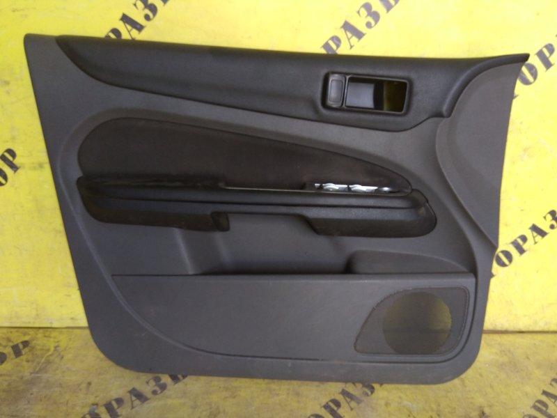Обшивка двери передней левой Ford Focus 2 2008-2011
