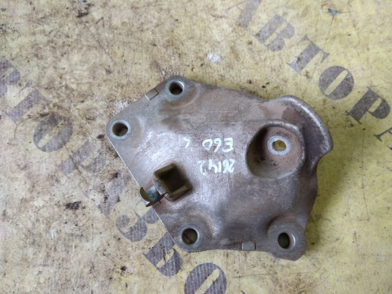 Кронштейн двигателя левый Bmw 5-Серия E60/e61 2003-2009