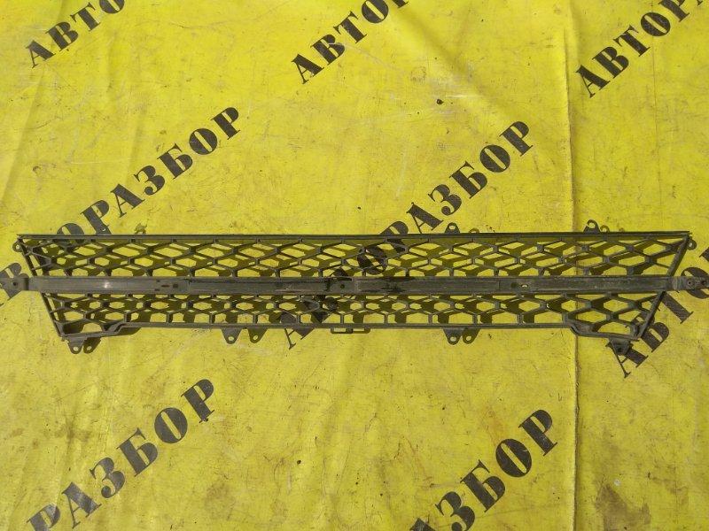 Решетка в бампер Lada Vaz Vesta