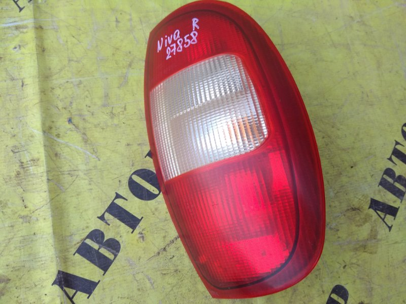 Фонарь задний правый внешний Chevrolet Niva 1.7 2008