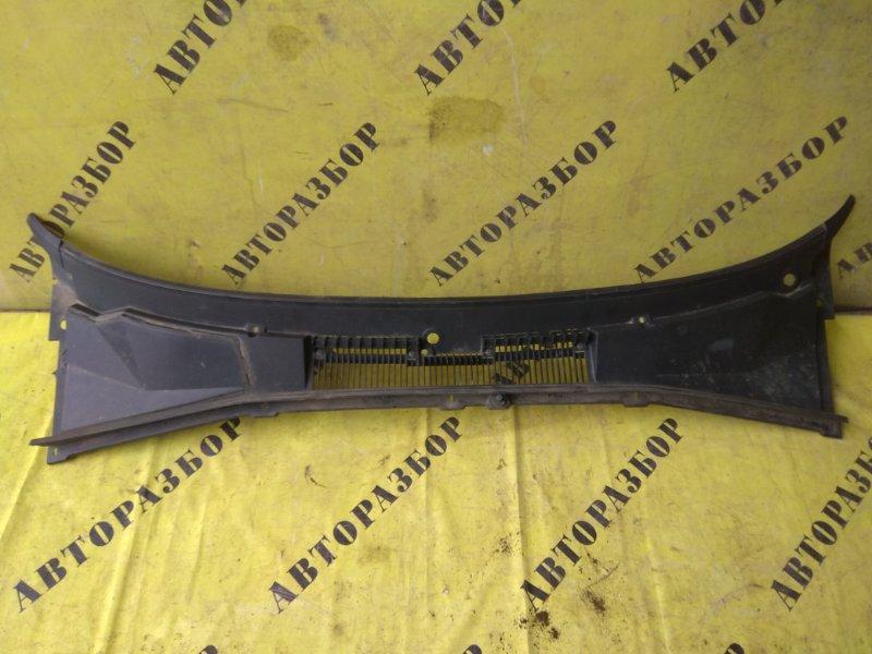 Жабо (решетка стеклоочистителя) Chevrolet Niva 1.7 2008