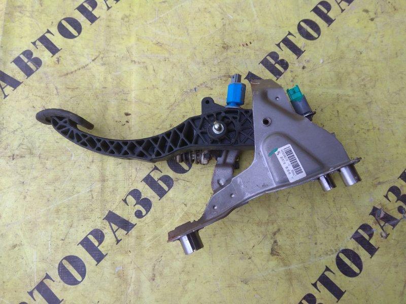Педаль сцепления Renault Megane 3 2009-2016 УНИВЕРСАЛ 1.5 K9K836 K9KJ836110 Л/С 2010