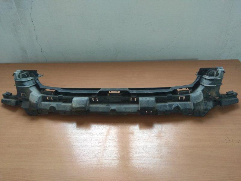 Кронштейн переднего бампера Ford Focus 2 2008-2011