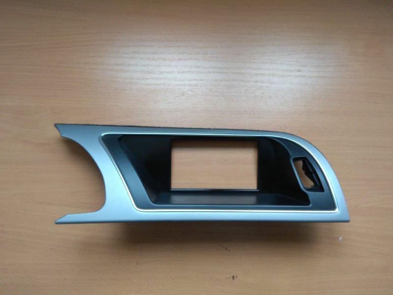 Накладка на торпедо (панели) Audi Q5 2008-2017