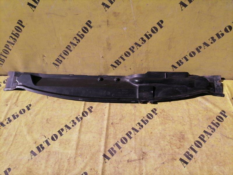Жабо (решетка стеклоочистителя) Ford Focus 2 2008-2011 СЕДАН 1.8 QQDB 125 Л/С 2008