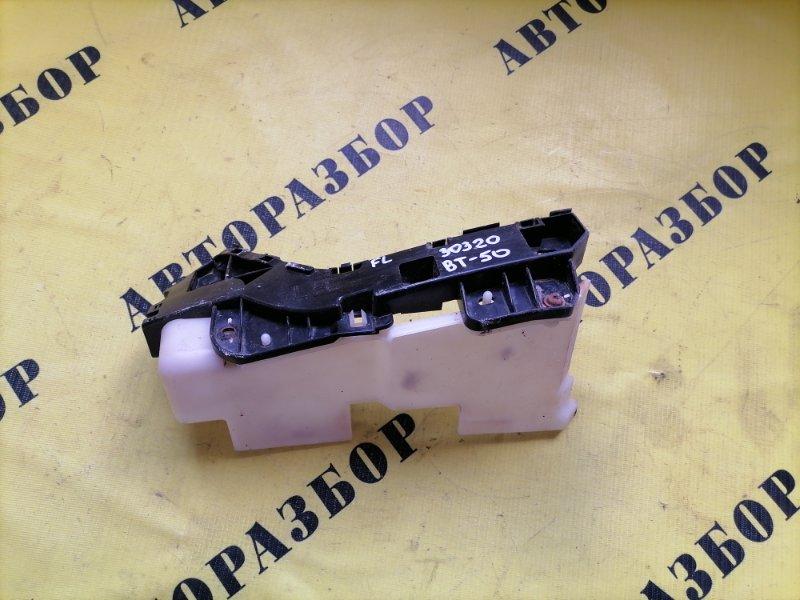Кронштейн переднего бампера левый Mazda Bt50 Bt-50 2006-2012 2.5 WL TDI 143 Л/С 2010