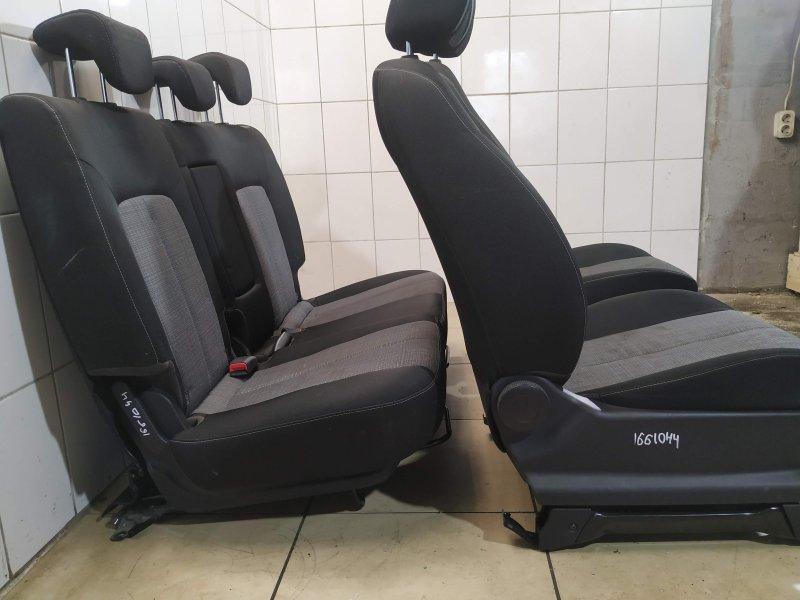 Комплект сидений Kia Venga G4FC 2011 (б/у)