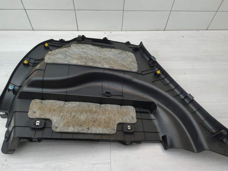 Обшивка багажника правая Kia Venga G4FC 2011 (б/у)
