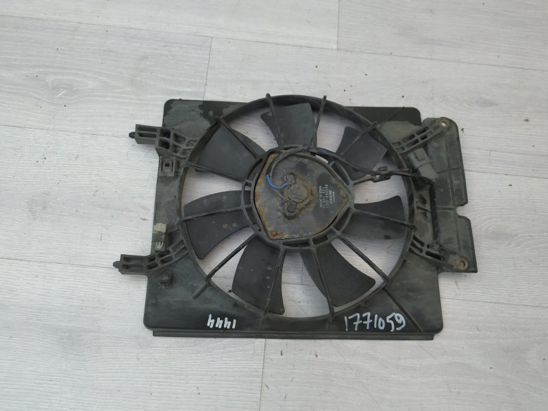 Вентилятор кондиционера Honda Cr-V 2 K20A4 2003 (б/у)