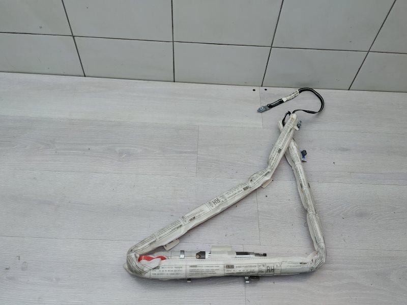 Шторка правая Toyota Yaris NSP90 1NR-FE 2010 (б/у)