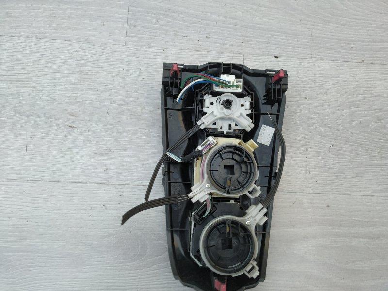 Блок управления климатом Toyota Yaris NSP90 1NR-FE 2010 (б/у)