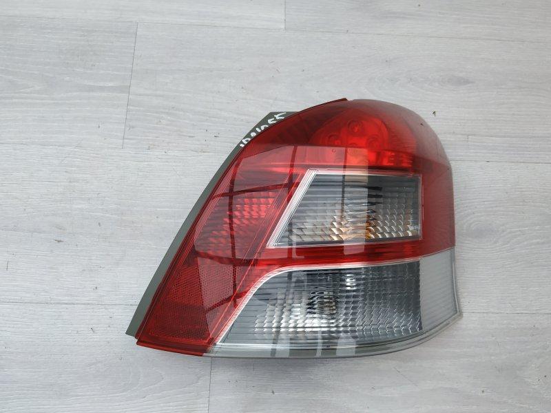 Фонарь правый Toyota Yaris NSP90 1NR-FE 2010 (б/у)