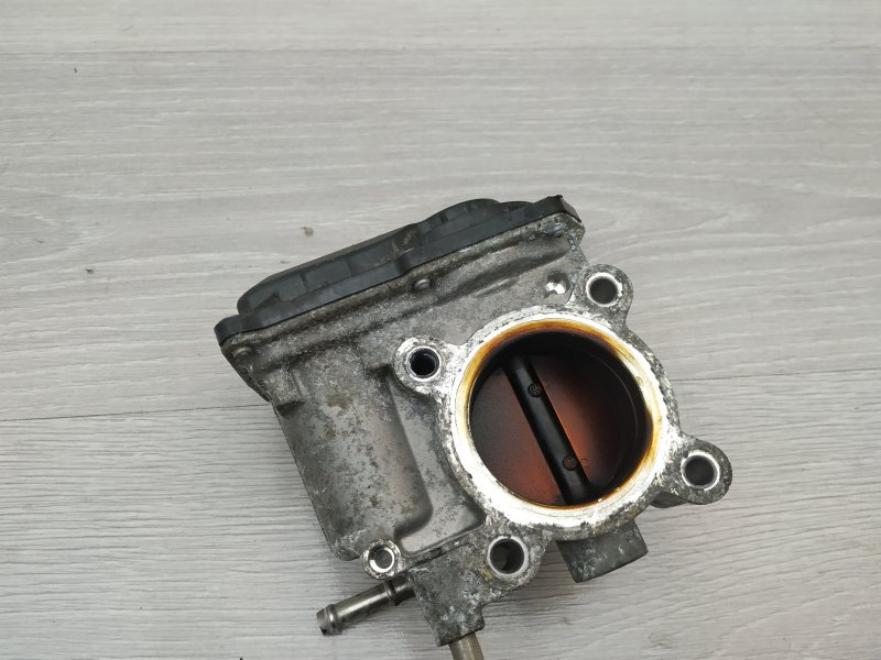 Дроссель Toyota Yaris NSP90 1NR-FE 2010 (б/у)